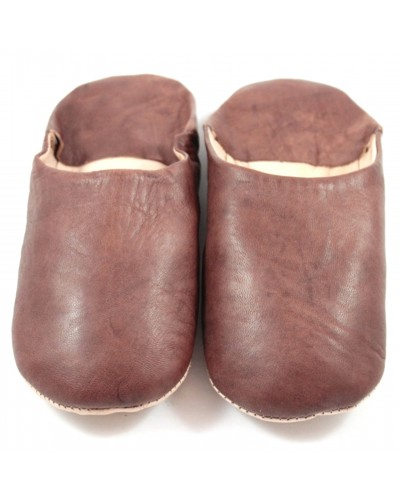 Moroccan slippers made of brown soft leather