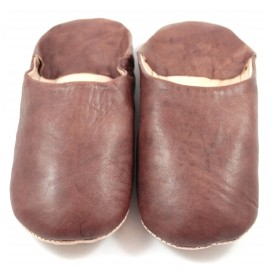 Moroccan slippers in soft brown leather