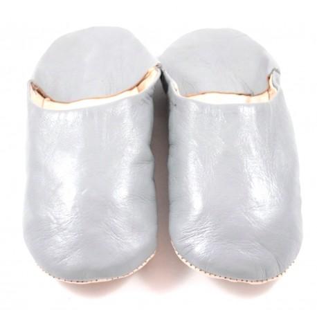 Babouches en cuir souple gris