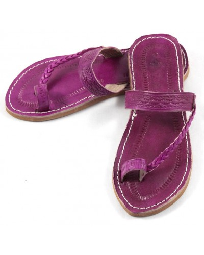 Moroccan flip-flops in fushia leather