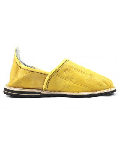 Babucha Bereber de cuero amarillo