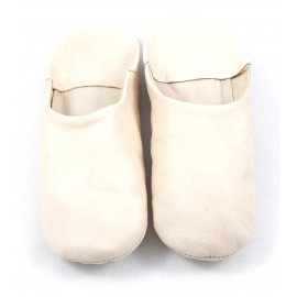 Moroccan slippers in soft natural leather