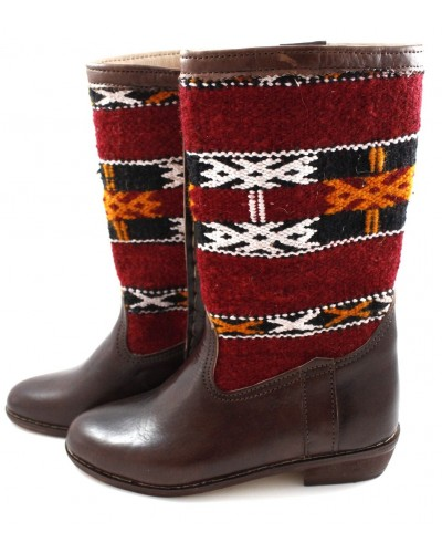 Berber Carpet Boots made of Leather and Red Kilim