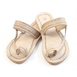 Moroccan flip-flops in natural leather