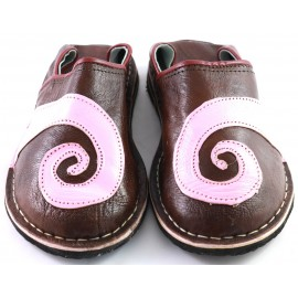 Spiral slippers made of pink and brown leather